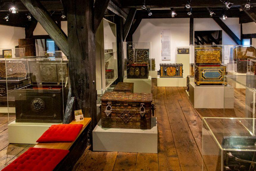 Museum im Alten Bau Geislingen . Schatztruhe